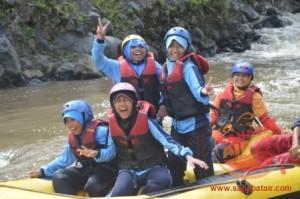 [081.5567.12.982] wisata untuk anak sekolah dengan pelatihan outbound training dan rafting sebagai pengisi liburan. sahabat air rafting12