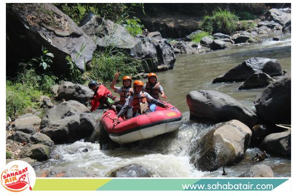 rafting nippon paint sahabat air kota wisata batu malang jawa timur indonesia